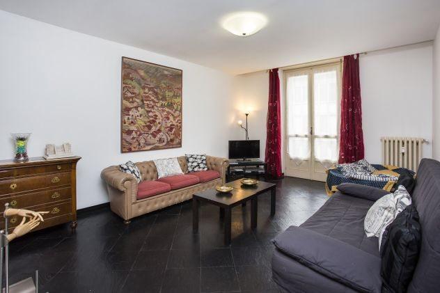 Casa vacanze torino centro piazza castello 3465075983 for Affitti arredati torino